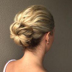 Hairstyles - Bun For Wavy Hair