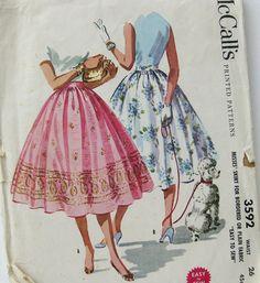 1950s Vintage Sewing Pattern Full Skirt for Border by SelvedgeShop