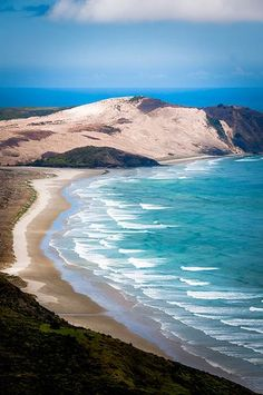 Cape Reinga Beach, New Zealand. Dream destinations, Surreal Places To Visit Places Around The World, The Places Youll Go, Places To See, Around The Worlds, Romantic Beach, Romantic Vacations, Dream Vacations, Vacation Spots, Destination Voyage
