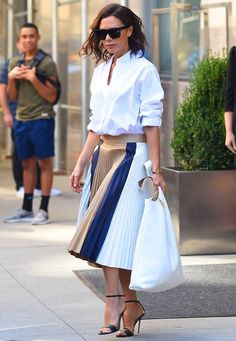 Victoria Beckham: Ihre schönsten Looks in Bildern
