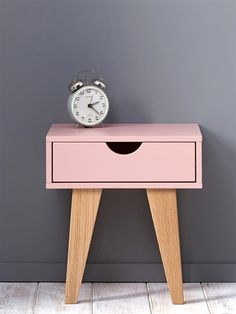 1000 ideas about table de chevet enfant on pinterest for Table de chevet rose