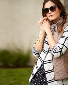 Mix prints like a pro. Learn the art of mixing & matching patterns (anyone can do it, trust us!).