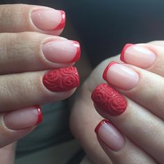 24 Lovely French Nail Art Designs Suited for Any Occasion #french #manicure #withatwist #designs