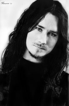 Classify the founder of Nightwish - Tuomas Holopainen