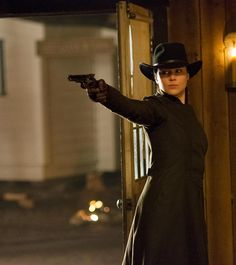 Abbie Cornish Photo: Abbie Cornish as Belinda Mulrooney in 'Klondike' Revolver, Westerns, Katharine Ross, Abbie Cornish, Character Prompts, Shirley Maclaine, A Writer's Life, Julie Christie, Catherine Zeta Jones