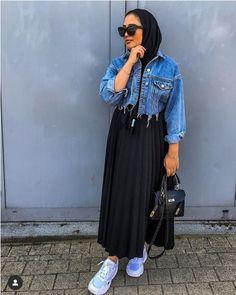Ready for college hijab outfits – Hijab Fashion 2020 Hijab Fashion Summer, Modest Fashion Hijab, Modern Hijab Fashion, Muslim Women Fashion, Street Hijab Fashion, Modesty Fashion, Casual Hijab Outfit, Hijab Fashion Inspiration, Hijab Chic