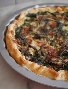 Quiche de chou kale - Powered by Kale Recipes, Healthy Recipes, Kale Quiche, Food Crush, Batch Cooking, Happy Foods, Veggie Dishes, Vegetable Pizza, Main Dishes
