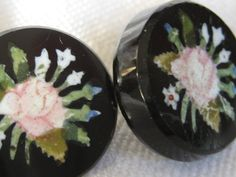 Etsy の Set of 2 ANTIQUE Rose Flower Black Glass BUTTONS by abandc