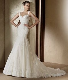 mermaid wedding dresses are quite fashion and popular. This kind of dresses can highlight your slender waist and building. Wearing mermaid wedding dresses you will be quite beautiful and confident. Chapel Wedding Dresses, Ivory Lace Wedding Dress, Pronovias Wedding Dress, Lace Mermaid Wedding Dress, Used Wedding Dresses, Wedding Dress Styles, Designer Wedding Dresses, Bridal Dresses, Wedding Gowns