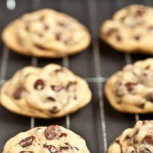 Συνταγές για Μπισκότα | InfoKids Cookies, Desserts, Food, Crack Crackers, Tailgate Desserts, Deserts, Biscuits, Cookie Recipes, Meals