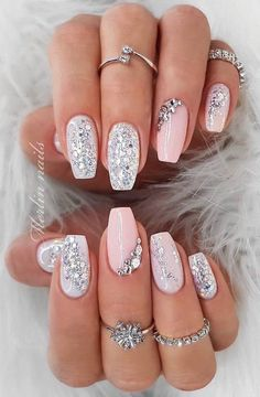 35 Simple Ideas for Wedding Nails Designnude glitz lookSpring fever nails 90 super cute spring nails page 27 RelatedWow love these fall nail designs. Glitter Nail Art, Cute Acrylic Nails, Acrylic Nail Designs, Nail Art Designs, Gold Glitter, Acrylic Art, Ombre Nail Designs, Birthday Nail Art, Gold Nails
