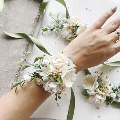 Ivory flower wrist corsage white flower bracelet i Wrist Flowers, Prom Flowers, Bridal Hair Flowers, Wedding Flowers, Prom Corsage And Boutonniere, Bridesmaid Corsage, Green Bridesmaids, Wedding Corsages, Wrist Corsage For Prom