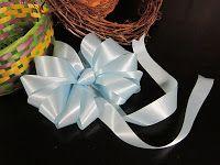DIY bow for baskets and wreaths  https://lovenloot.blogspot.com