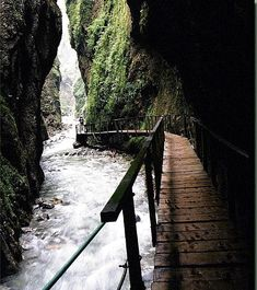 Inside the Basque country: The gorges of Kakuetta, for adrenaline seekers