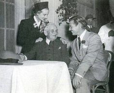 """Carole Lombard with her father in law, William Henry """"Will"""" Gable (1870-1948), and husband Clark Gable."""