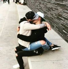 I can accept PDA of gay couple.They are tge cutest. But my eyes are sore when I see Heteroo couple PDA. Tumblr Gay, Lgbt Couples, Cute Gay Couples, Gay Aesthetic, Couple Aesthetic, Boys Like, Cute Boys, Gay Lindo, Men Kissing