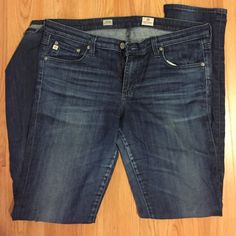 AG Adriano Goldschmied Aubrey Jeans sz 32 Awesome AG jeans! Skinny straight fit, size 32. They have some wear on the inner thigh, please see pictures AG Adriano Goldschmied Jeans