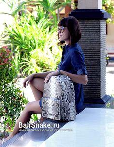 Рюкзак, размеры: 37 х 27 х 12. Цена: 10200 рублей.  📲 По всем вопросам заказа и доставки пишите в WhatsApp/ Viber/ SmS +79036678272 Виктория. 🎀Доставка напрямую с острова Бали по всему миру, в любые города и страны в течение 7-10 дней, курьером до двери✈📦🏩 #мода #модно #куртка #ручнаяработа #сумкиоптом #handmade #сумки #питон #сумкаизпитона #сумкапитон #лето #balisnake #python #сумка #кожа #скидки #распродажи #питер #стиль #одежда #казань #краснодар #новгород #новосибирск #владивосток…