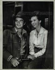 Press Photo Burt Reynolds stars on Gunsmoke western TV series - orp21573