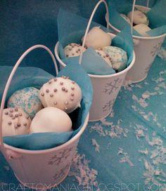 DIY-Neighbor Gift- A pail of snow balls aka oreo cake balls - Craft-O-Maniac