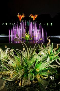 Garden Art Installation Dale Chihuly 53 Trendy Ideas - Hobbies paining body for kids and adult Dale Chihuly, Blown Glass Art, Sea Glass Art, Stained Glass Art, Glass Artwork, Art Installation, Glass Garden, Garden Art, Garden Ideas