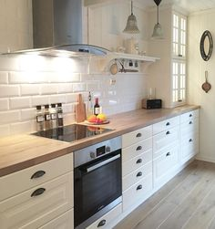 Kitchen From Ikea Behindabluedoor Home Design In 2019 Cocina Kitchen Decor, Kitchen Inspirations, Interior Design Kitchen, Kitchen Interior, Home Kitchens, Kitchen Room, Kitchen Remodel, Kitchen Renovation, Country Kitchen