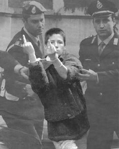 Maria Soledad Rosas il giorno del funerale per Edoardo Massari - Italian-Argentina anarchist militant and member of the Italian movement known as squatters, occupiers of abandoned buildings. Arte Do Hip Hop, Children Of The Revolution, Youth Culture, Monochrom, Photos, Pictures, Black And White, Face, People