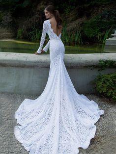 Trumpet/Mermaid Scoop Long Sleeves Chapel Train Lace Wedding Dress