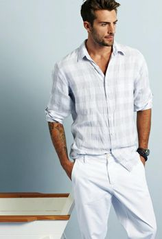Light Colours l Casual l Summer Fashion Sharp Dressed Man, Well Dressed Men, Stylish Men, Men Casual, Comfy Casual, Winter Typ, Mens Fashion Blog, Men's Fashion, Herren Outfit