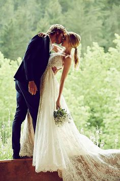 18 Romantic Wedding In Trending Shots ❤ See more: http://www.weddingforward.com/romantic-wedding/ #weddings #photography