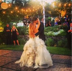 Her dress was so perfect! Jessica James and Eric Decker wedding