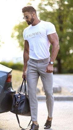 These best casual shirts for men will help you upgrade your wardrobe without breaking the bank. Every man should want to look better. Best Casual Shirts, Simple Casual Outfits, Casual School Outfits, Stylish Mens Outfits, Classy Casual, Men Casual, Smart Casual, Mens Dress Outfits, Casual Menswear