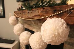 DIY Christmas Pom Pom Garland