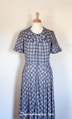 Vintage Dress / 50's Dress / Shirtwaist Dress by DuncanLovesTess