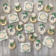 Engagement Party Cookies, Winter Engagement Party, Engagement Party Planning, Wedding Cookies, Wedding Engagement, Engagement Parties, Engagement Dinner Ideas, Wedding Parties, Wedding Cupcakes