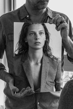Daria Werbowy in the mirror. Equipment, Autumn/Winter 2015.