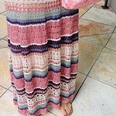 Captivating Crochet a Bodycon Dress Top Ideas. Dazzling Crochet a Bodycon Dress Top Ideas. Crochet Bodycon Dresses, Black Crochet Dress, Crochet Halter Tops, Crochet Skirts, Crochet Clothes, Crochet Woman, Love Crochet, Knit Crochet, Crochet Hats