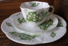RARE Shelley Fine Bone China Lily of The Valley Flower Trio Tea Cup Saucer Plate | eBay