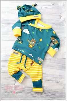 15138580 10209718191465618 2906850389925477854 o Boys Summer Outfits, Little Boy Outfits, Toddler Outfits, Baby Boy Outfits, Kids Outfits, Stylish Baby Clothes, Cute Baby Clothes, Baby Girl Fashion, Kids Fashion