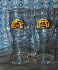 Retro pair of beer glasses from Boddingtons Beer glasses , the brewery which once existed in Manchester in the Strangeways district. They each can take a pint of beer. They have seen little wear and as such are in very good vintage condition. Beer Pairing, Vintage Gifts, Brewery, Manchester, Pairs, History, Glasses, Tableware, Unique Jewelry