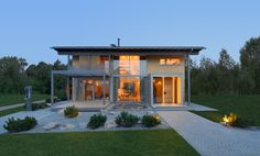 Du würdest einen Heustadl zum Wohnhaus umbauen, findest aber keinen Passenden? Macht nichts, das Bau-Fritz Haus Alpenchic kommt so einem Umbau sehr nahe!