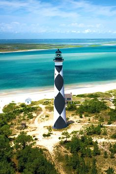 Cape Lookout, North Carolina. June travel destination extraordinaire via TheCultureTrip.com (image by crystalcoastnc) I absolutely love the design of this lighthouse!!!!!!!