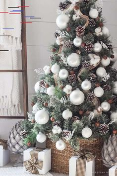 Are you searching for images for farmhouse christmas tree? Browse around this site for unique farmhouse christmas tree pictures. This kind of farmhouse christmas tree ideas will look entirely excellent. Christmas Tree Game, Best Christmas Tree Decorations, Elegant Christmas Trees, Traditional Christmas Tree, Ribbon On Christmas Tree, Christmas Diy, Christmas Wreaths, Christmas Bedroom, Homemade Christmas