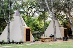 Guests who want to have a true glamping experience should stay at this unique campsite in Texas. There are eight tipis for rent that are fantastic for families, and more than one tipi can be rented to accommodate larger groups. Traditional from the outside and modern in the inside, guests will be in total comfort during their nature retreat while still enjoying a memorable and unusual camping experience. Guests also have Guadalupe River access for swimming, fishing, tubing, or simply bird…