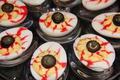 recette oeufs Mimosa revisitée en recette Halloween yeux horribles