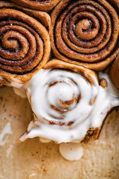 Made with just 8 ingredients and an optional overnight method. With a base of spelt flour and with a coconut sugar and coconut oil filling, but with plenty of substitution options! #vegan #bread #baking #cinnamonrolls