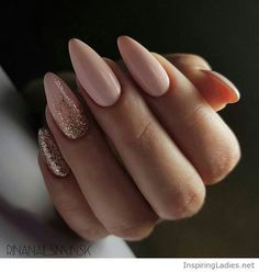 My sweet nude nails with gold glitter | Inspiring Ladies