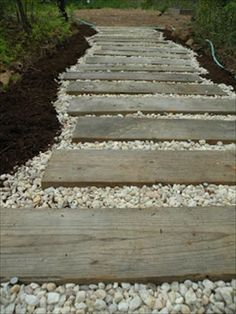 Wooden Pallet Walk Path....would love to do this walking out to the lounge area #ad