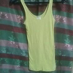 Abercrombie & Fitch Gently used yellow Abercrombie & Fitch Perfect Stretch tank top... Size M Abercrombie & Fitch Tops Tank Tops