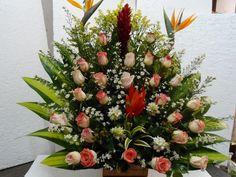 Floristeria los frutales. Arreglo de flores para toda ocasión.  floristeria los frutales. tel 6456587  Bucaramanga. www.floristerialosfrutales.jimdo.com
